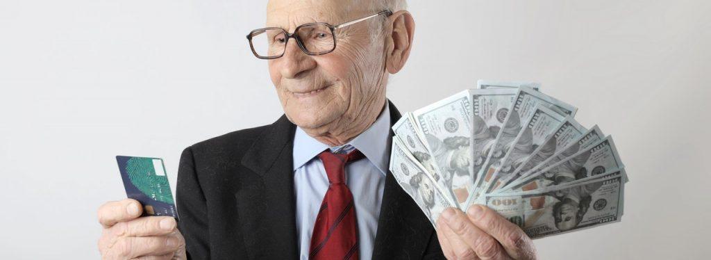 Дідусь з доларами